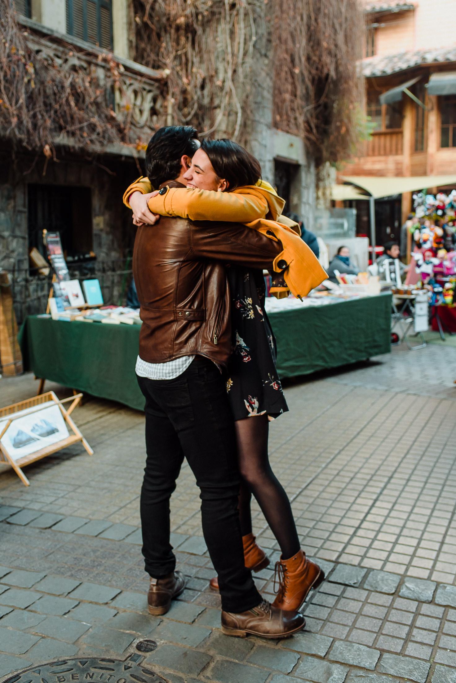 fotografia-novios-preboda-engagement-sesion-lastarria-deborah-dantzoff-fotografo-matrimonios-chile